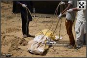 عکس | روش هندی ها برای دفن اجساد کرونایی