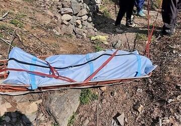 سقوط دلخراش یک کوهنورد در روستای قلات شیراز