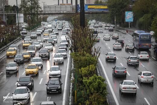 دلیل افزایش ۳۵ درصدی تردد در معابر امروز تهران چیست؟