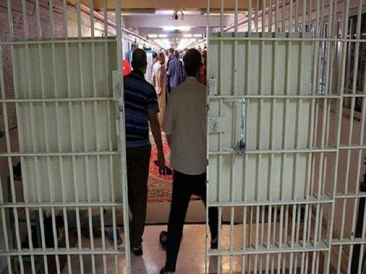 دستگیری عوامل ناآرامی زندان عادل آباد شیراز؛ با کوادکوپتر، موبایل به زندان میفرستادند