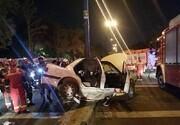 له شدن خودرو و مرگ دلخراش راننده پس از برخورد شدید با تیر برق