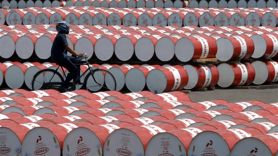 قیمت نفت ایران از برنت تاثیر میگیرد یا WTI؟