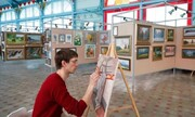 هنرمند روس خودش را در گالری قرنطینه کرد