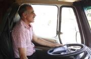 بازگشت آقای مربی به جاده و رانندگی با کامیون