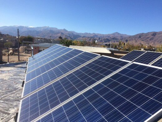 بهره برداری از یک واحد نیروگاه خورشیدی در روستای میقان شهرستان شاهرود