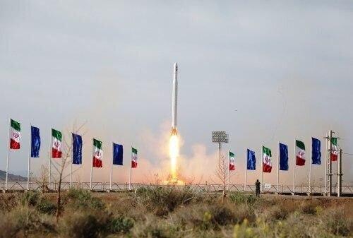 تفاوت ماهواره نور با ماهوارههای قبلی/ چرا پرتاب ماهواره برای کشورمان مهم است؟