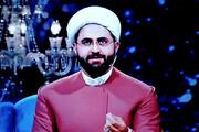 عکس | لباده آخوندی متفاوت مجری روحانی افطار شبکه یک!