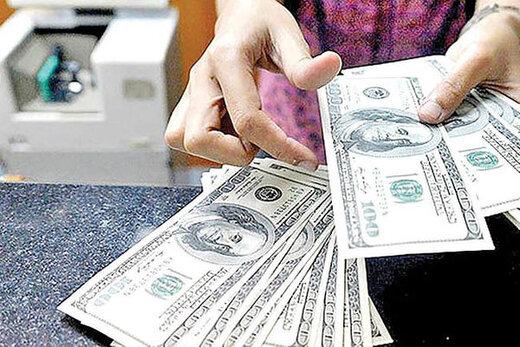 دلار در مرز۱۸هزارتومان درجا زد