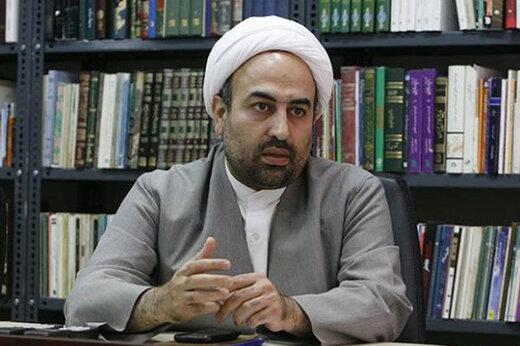 انتقاد معنادار توئیتری سردبیر سابق کیهان از تفاوت حکم طبری و سلطان سکه