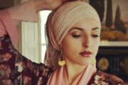 ببینید | خواننده زن تازه مسلمان شده آمریکایی: موسیقی عربی من را درگیر اسلام کرد