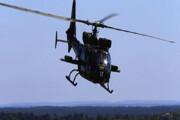 ببینید | لحظه نفسگیر تعمیر کابل برق به کمک هلیکوپتر