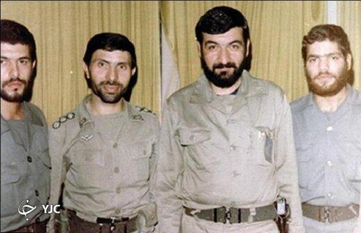 تصویر یکی از برجسته ترین فرماندهان نظامی ایران در کنار رهبر انقلاب