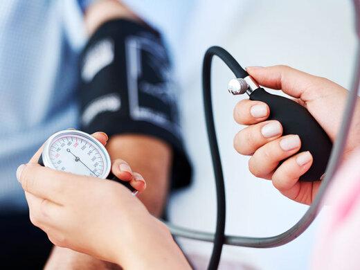 فشار خونیهای مبتلا به کرونا داروهای خود را قطع نکنند