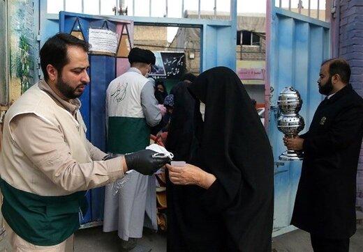 ۶۰۰ هزار پرس غذای متبرک حضرت رضا(ع) بین نیازمندان در ماه رمضان توزیع شد