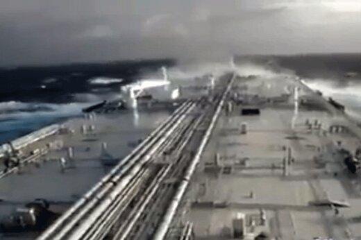 ببینید | سفارت ایران در ونزوئلا منتشر کرد:اولین نفتکش ایرانی در آبهای ونزوئلا