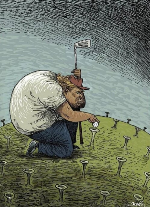 نمایی از گلف بازی کردن ترامپ را ببینید!