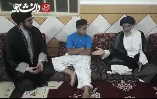 ببینید   عذرخواهی امام جمعه اهواز از پسر مجروح روز سوم خرداد در غیزانیه