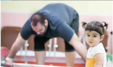 بهترین وزنهبردار دنیا بابای منه!