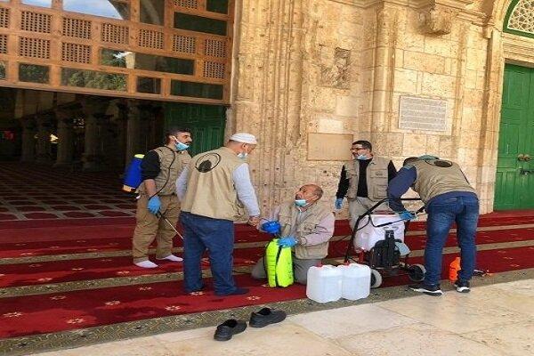 ضد عفونی مسجد الاقصی برای اقامه نماز جمعه