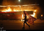 ببینید | اعتراضات مردم آمریکا در پی رفتار غیرانسانی پلیس