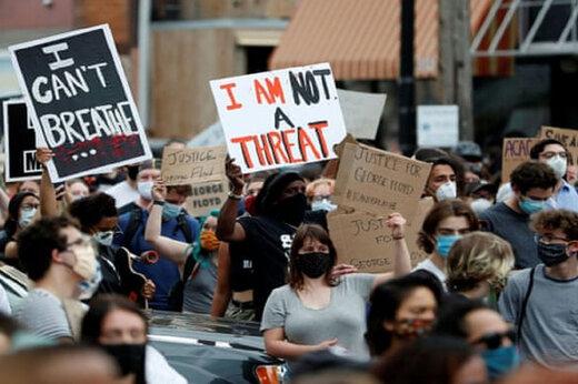 ببینید | تظاهرات آمریکا به جلوی کاخ سفید کشید