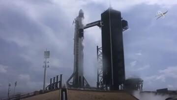 ببینید | لحظه اعزام دو فضانورد با شاتل خصوصی به فضا!