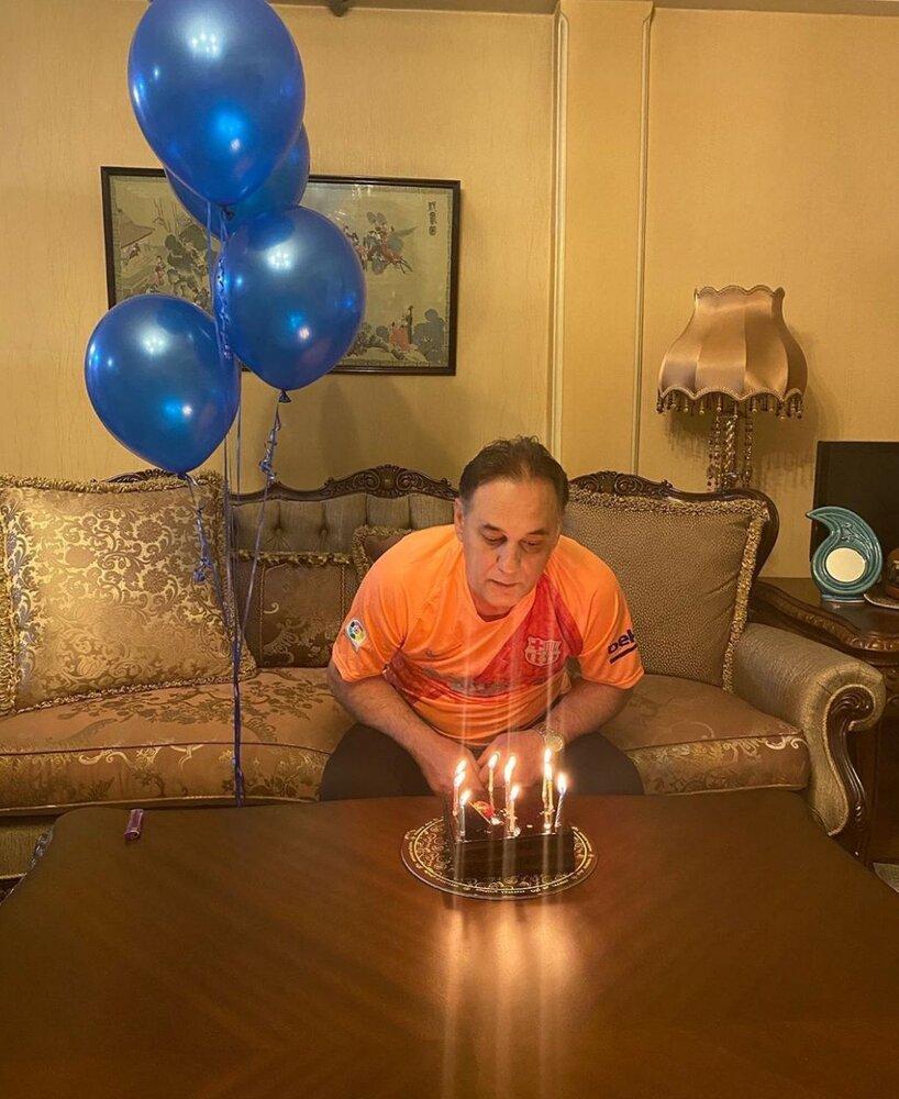 جشن تولد خلوت مربی استقلال با لباس بارسا+عکس