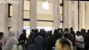 ببینید | تخریب فروشگاه اپل در واشنگتن توسط معترضین به قتل جرج فلوید