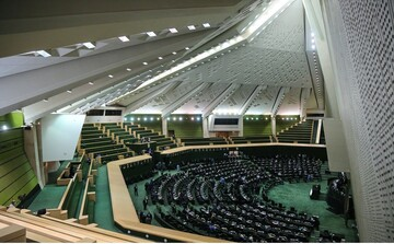روزهایِ بی دردسر رئیسی با مجلس یازدهم /نظارت پارلمان لنگ خواهد زد؟