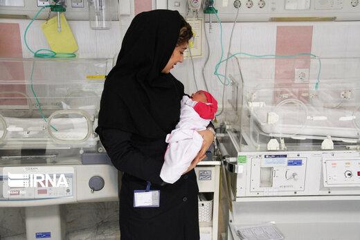 مادران ایرانی معمولا در ۲۹ سالگی اولین فرزند خود را به دنیا میآورند
