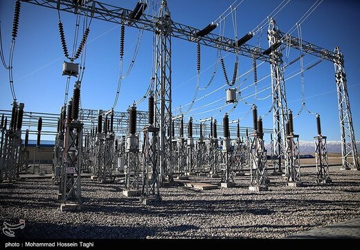 Pakistan hoping to extend electricity imports from Iran