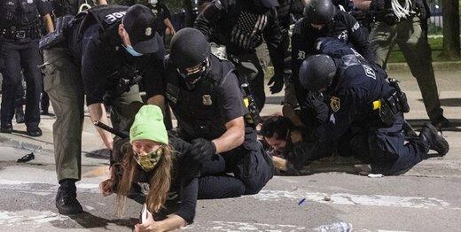 کاخ سفید: برای مقابله با معترضان همه گزینهها روی میز است!