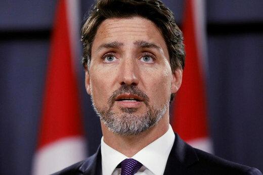 ببینید | زانو زدن جاستین ترودو در جمع معترضان کانادایی برای ادای احترام به جورج فلوید