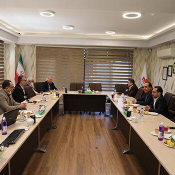 شهردار اصفهان از شرکت به پرداخت ملت بازدید کرد