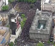 اعتراضات لندن به خشونت کشیده شد/عکس