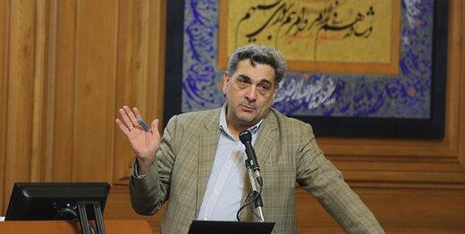 پیشنهاد عضو شورای شهر: علف بوستانهای تهران را برای دامپروری جمع کنید