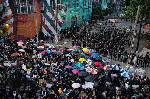 ببینید   ویدیویی پربازدید از دوازدهمین روز تظاهرات سراسری علیه نژاد پرستی در سراسر آمریکا
