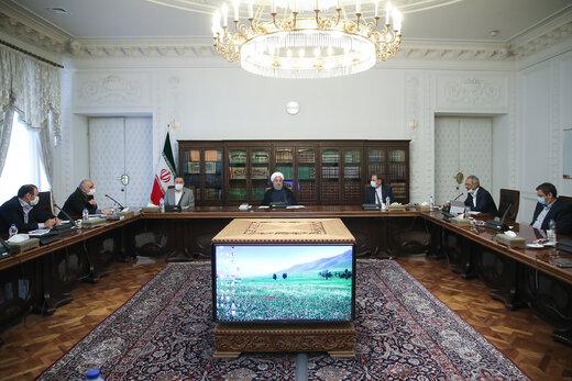 روحاني : سوق البورصة عزز من مشاركة المواطنين في الاقتصاد