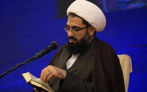 امام جمعه همدان: مدیران در جامعهاسلامی باید همیشه مواظب لغزش دنیوی باشند