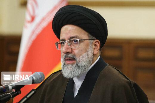 پاسخ نماینده مشهد به نماینده قم: رئیسی در انتخابات 1400 نمی آید