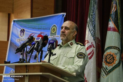 توضیحات رییس پلیس تهران درباره پیامکهای کشف حجاب