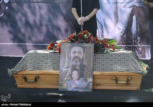 تشییع و خاکسپاری مرحوم محمدعلی کشاورز