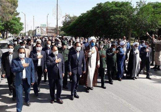 """آیین تشییع مادر شهیدان """"سیفالدینیراد"""" در کرمان برگزار شد"""