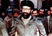 تصویری از چریک و نابغه جنگ های نامنظم در کنار رهبر انقلاب/واکنش شهید چمران به شعار انحلال ارتش چه بود؟