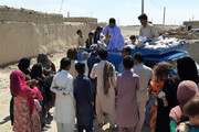 ببینید   ماجرای تنورهای برقی که پرویز پرستویی برای اهالی هیرمند میبرد