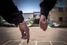 """دستگیری ۲ سارق محتویات داخل خودرو در """"بروجن"""""""