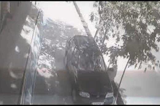 ببینید   تنها ماندن کودک در ماشین که میتوانست فاجعه آمیز شود