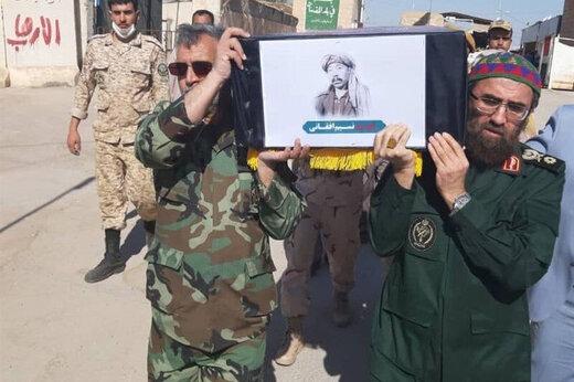 ببینید | دفن پیکر شهید نسیم افغانی در حرم امام رضا(ع) با دستور رهبرانقلاب