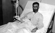 تصویر آیتالله خامنهای بعد از ترور شدن /ضبط صوت روشن شد، شاسی تق تق کرد...انفجار!