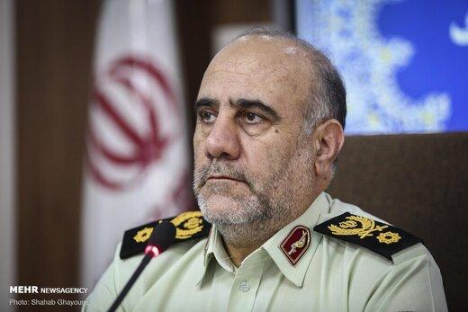 رئیس پلیس تهران: فکر کردیم با رشد قیمت دلار، قاچاق کم میشود ولی بیشتر شد